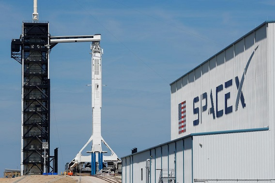 SpaceX successfully launches first batch of Starlink internet satellites