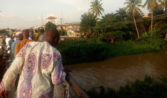 Tension as Osun residents sight floating corpse in river